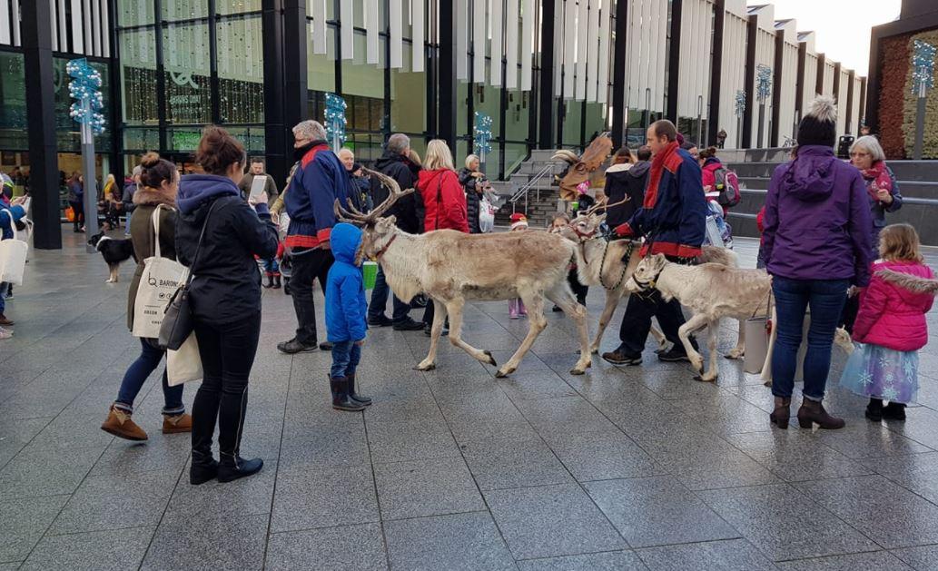 Thousands enjoy Christmas Cracker in Northwich